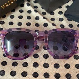 WILDFOX Classic Fox sunglasses purple with box